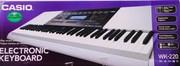 синтезатор CASIO WK-220 с фирменной обучающей системой
