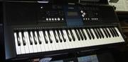 Продам свой синтезатор Yamaha PSR-E 333
