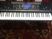 Синтезатор BRAVIS KB-930.