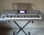 Продам синтезатор Yamaha PSR-S700