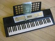 синтезатор YAMAHA PSR R 200 ( русскоязычный )