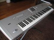 Продам синтезатор Korg PA1xPro