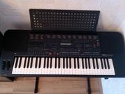 Срочно синтезатор Yamaha PSR 5700