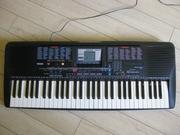 синтезатор YAMAHA PSR 230 ( клавиши с подсветкой )