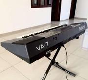 Продам интерактивный синтезатор Roland VA7