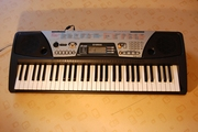 Продам синтезатор YAMAHA PSR  175 ( 61 клавиша,  5 октав )