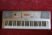 Продам синтезатор YAMAHA PSR E 313 ( клавиши динамические )